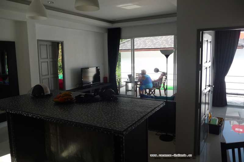 villa-rental-3-bedrooms-vacation-thailand-piece-life-house-chaweng-koh-samui
